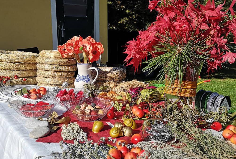 Vorbereitungen für den Kurs Herbstkranz - Binden